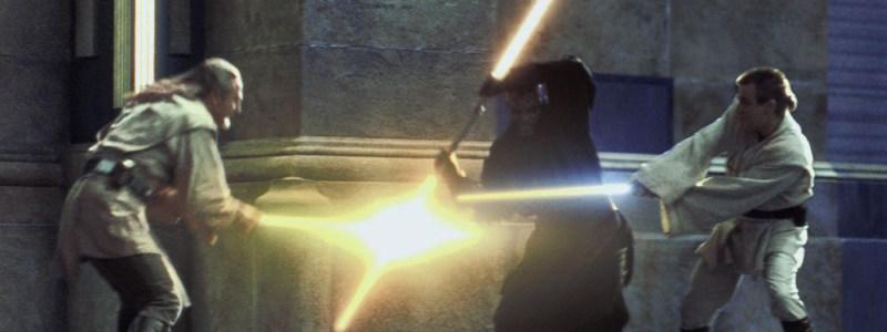 """Chciałoby się napisać """"dwóch na jednego to banda łysego"""", ale Yoda kilka włosków jednak posiada"""