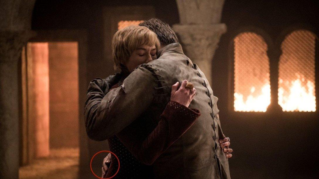 ...gdyby Jaime nie zapomniał, że nie ma jednej ręki.