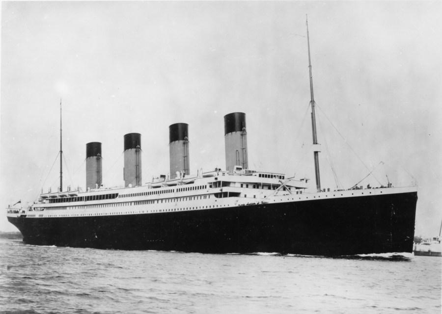 Titanic miał być niezatapialny, tymczasem zatonął. Leniwe scenopisarstwo jak w pysk strzelił.