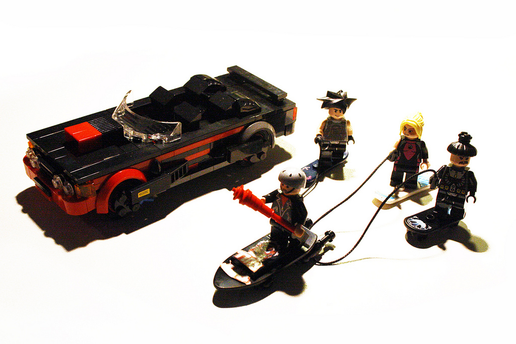 Back-to-the-Future-II-Lego-09