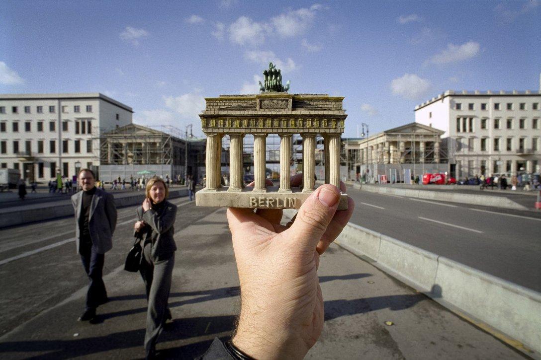 Brama Brandenburska z żywicy, Niemcy
