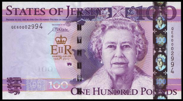 100 funtów z Jersey. Wiek: 78 lat