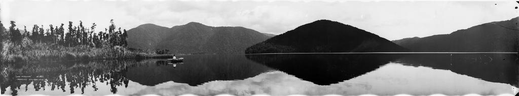 Jezioro Paringa, Westland, około 1923-1928 r.