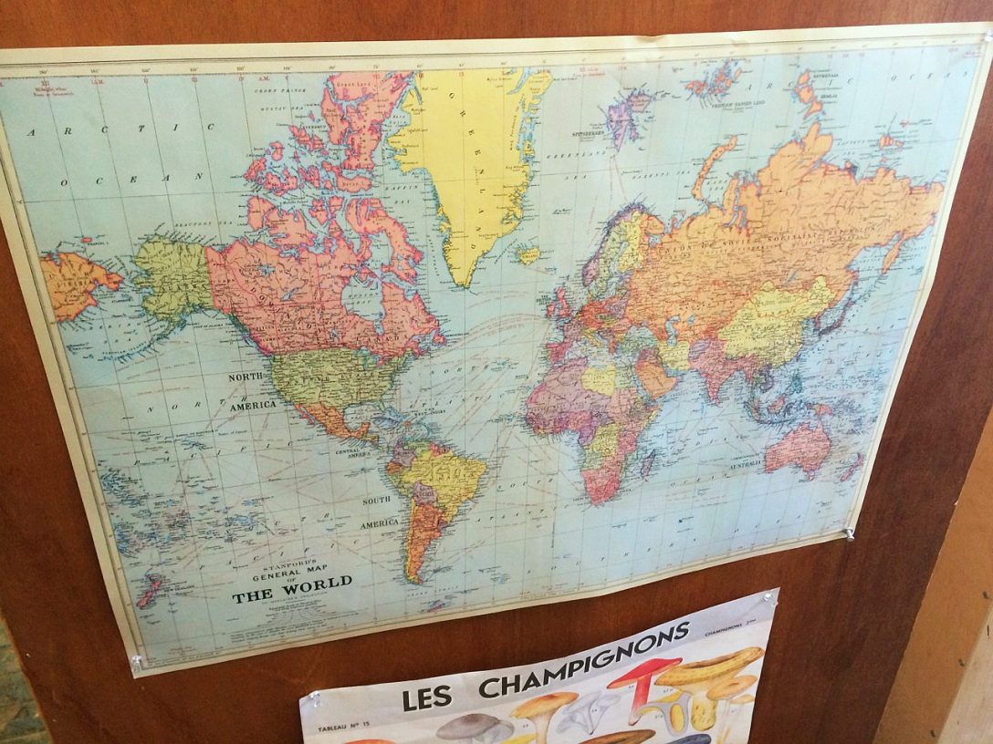 I na zakończenie, celem rekompensaty, mapa gdzie Nowa Zelandia... występuje w dwóch miejscach. Lepszy rydz niż nic.