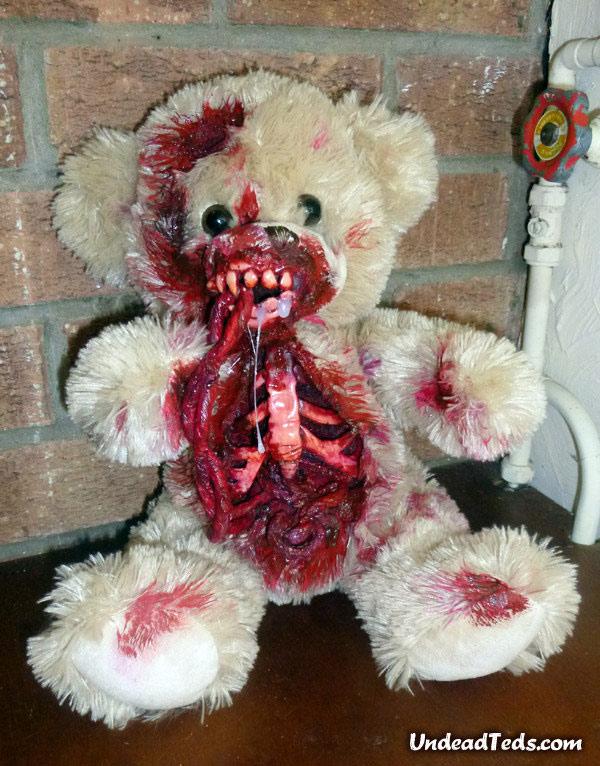 pluszowe-zombie-maskotki-krwawe-07