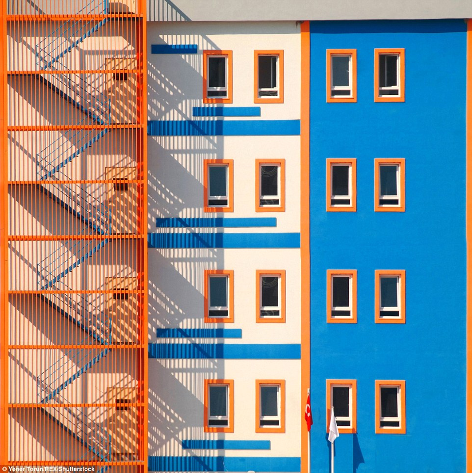 Budynek w tureckiej prowincji Bursa. (fot. Yener Torun)