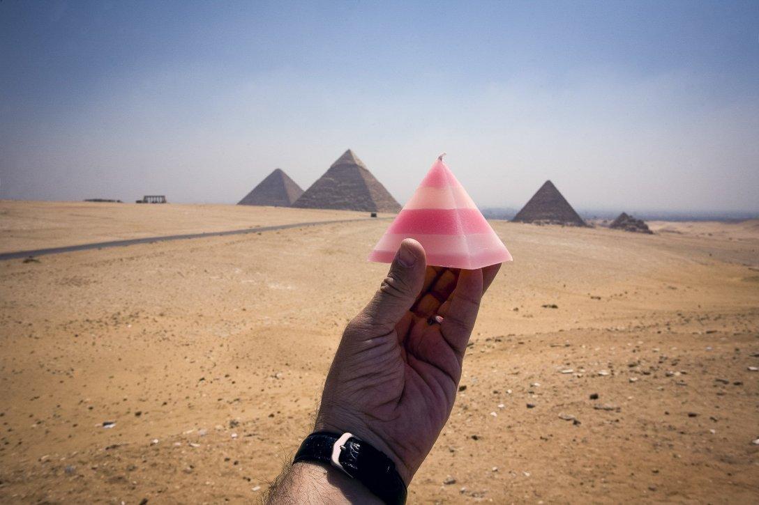 Świeczka w Gizie, Egipt