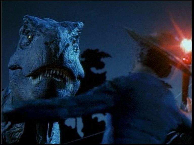 Pierwsze starcie z tyranozaurem