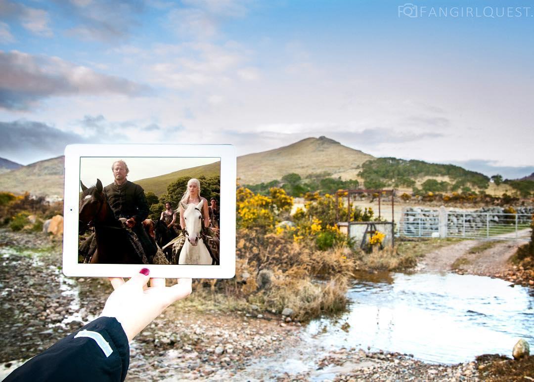 Jorah i Daenerys również gdzieś w Irlandii Północnej.