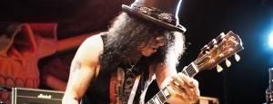 Slash (49 l.) - dla rozgrzewki napisał jeden z najbardziej rozpoznawalnych riffów w historii