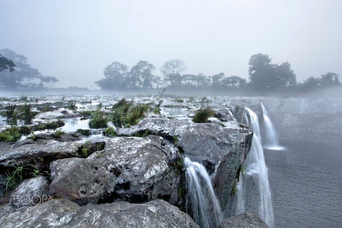 Wodospad Wairua (fot. John Fitzgerald)
