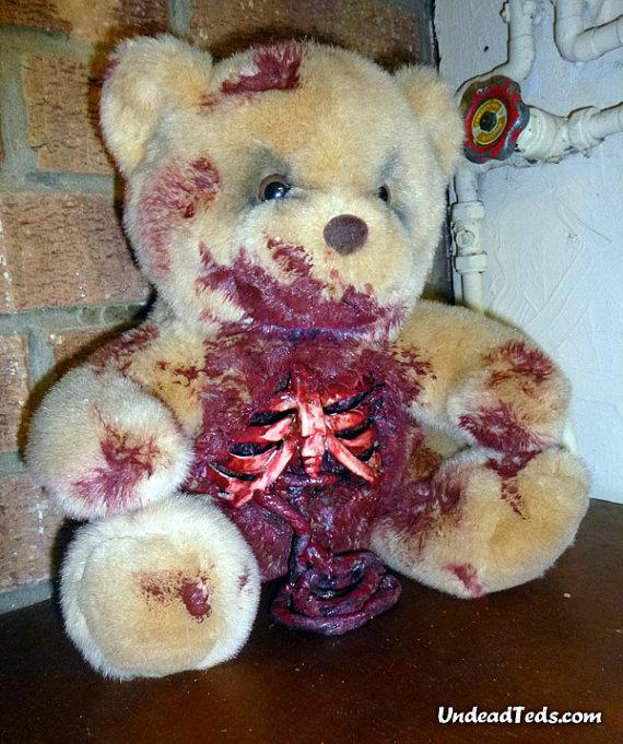 pluszowe-zombie-maskotki-krwawe-03