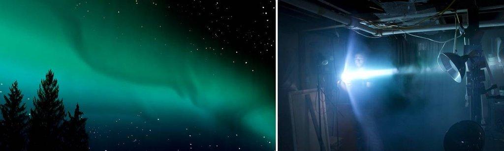 Efekt zorzy polarnej osiągnięto fotografując promień kolorowego światła na tle czarnej zasłony. Drzewa to fragmenty prawdziwych drzew, a gwiazdy to prześwitujące przez deskę korkową światło z innego źródła.