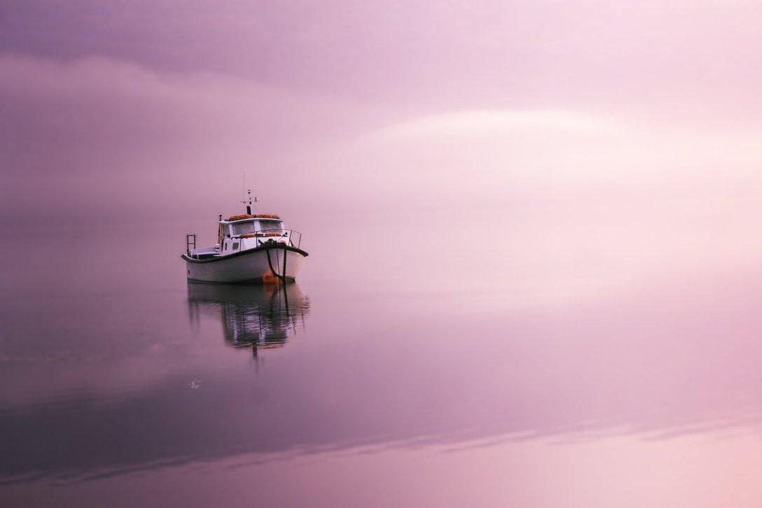 Tu to samo jezioro o poranku. (fot. Remigiusz Latek)