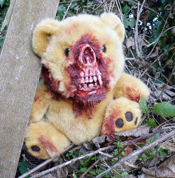 pluszowe-zombie-maskotki-krwawe-06