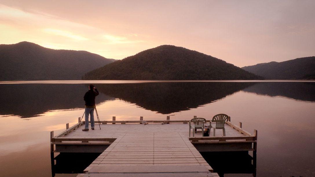 Jezioro Paringa, Westland (fot. Artem Verbovikov)
