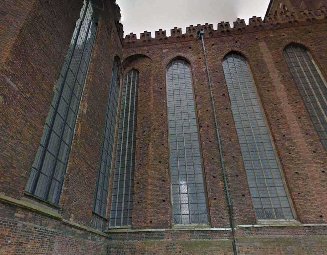 Kościół Mariacki w Gdańsku. Mieszkam kilkadziesiąt lat, a nie zauważyłem bez pomocy czytelnika. (Wojciech Babiński/FB)