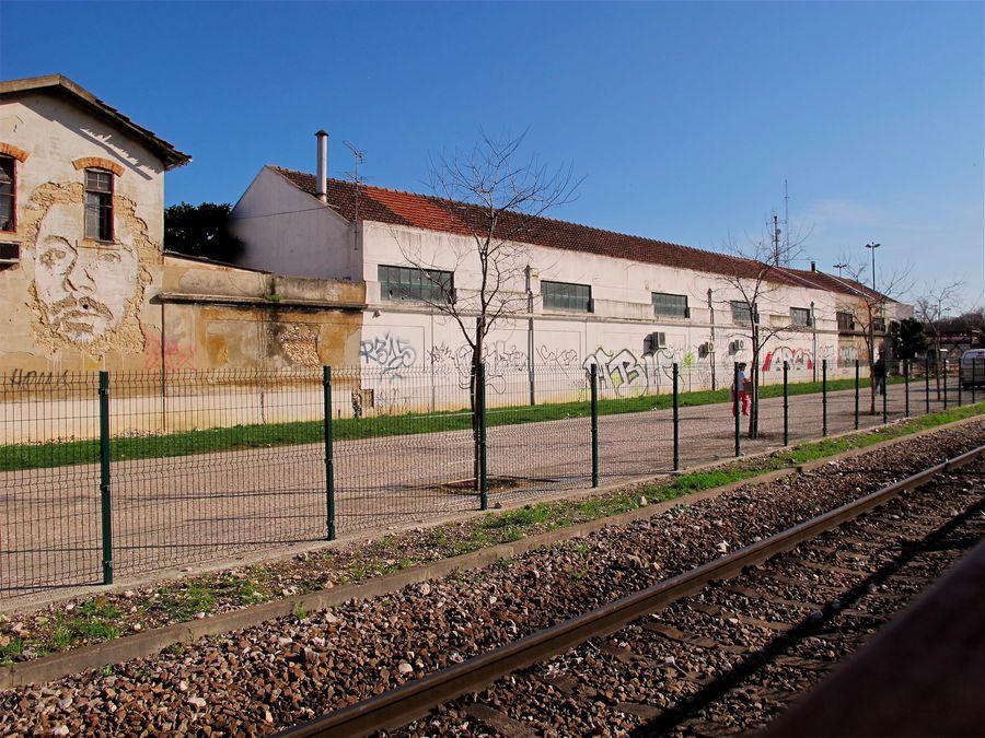 alexandre-farto-vhils-graffiti-dlubanie-15