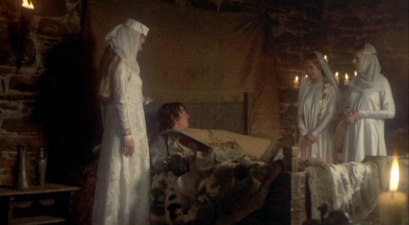 Sir Galahad podświadomie wiedział, gdzie trafić.