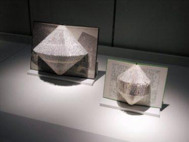 book art artwork sculptures 1