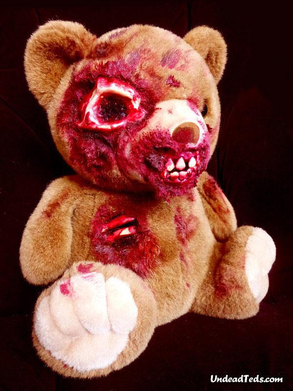 pluszowe-zombie-maskotki-krwawe-05