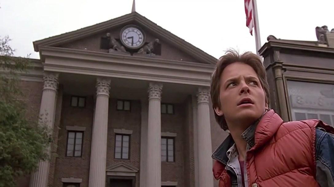 Marty przeniósł się do roku 1955. W filmowej rzeczywistości zegar wciąż działa.